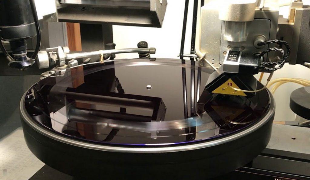 Как делают виниловые пластинки